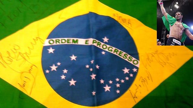 ノゲイラ使用 ブラジル国旗 BTTサイン入り
