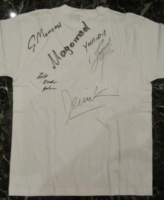 DREAM.2 全選手サイン入りTシャツ 裏