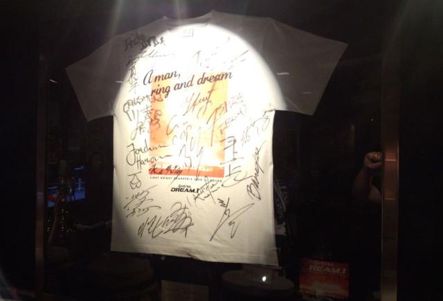 DREAM.1 全選手サイン入りTシャツ